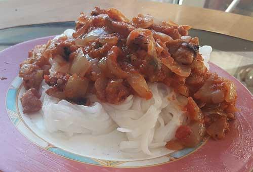 фунчоза с шиитаке и морепродуктами